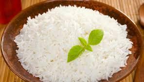 Nasi adalah contoh karbohidrat